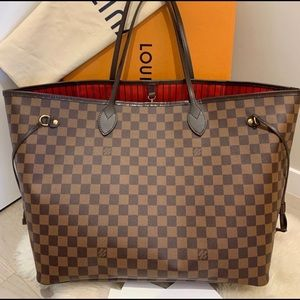 Authentic Louis Vuitton Never Full GM Tote.